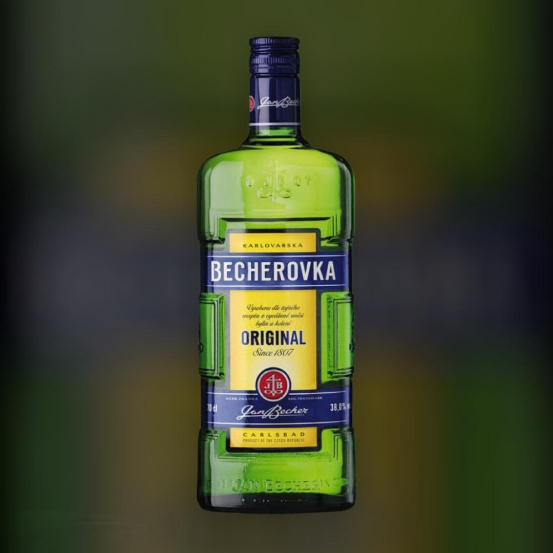 Ликерная настойка на травах Becherovka 38% 0,7 л